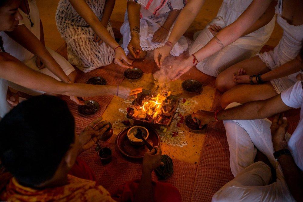 sampoorna yoga fireceremony