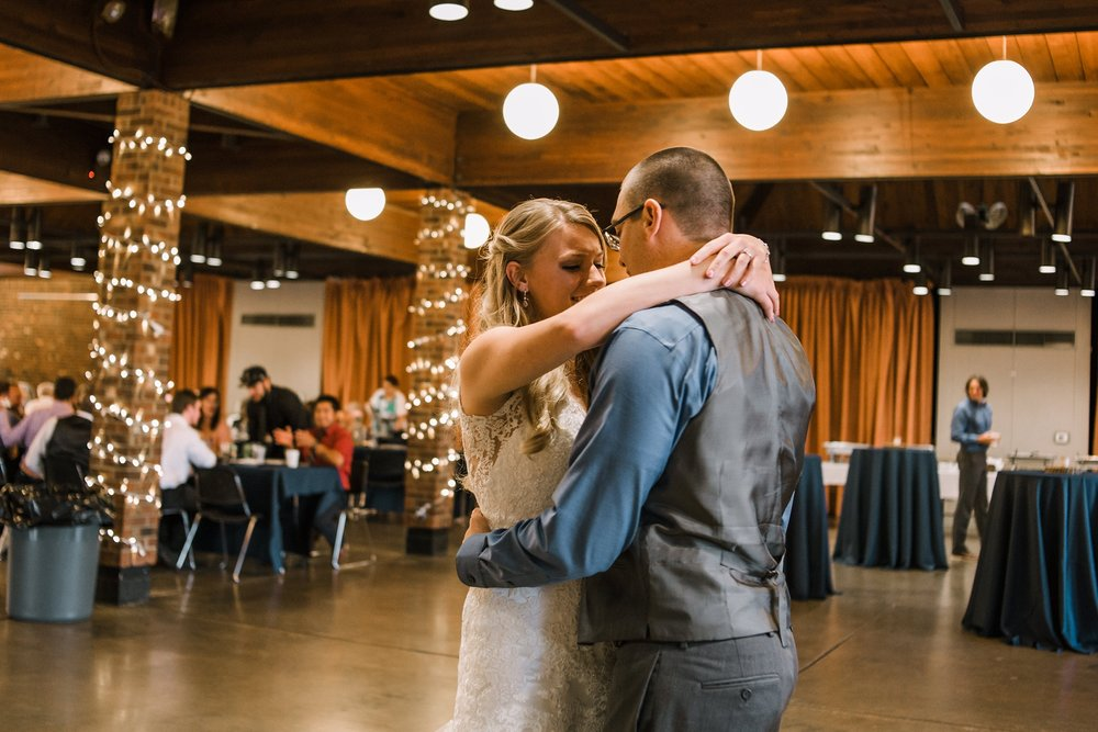 allerton-park-barn-wedding-monticello-champaign-illinois-101.jpg