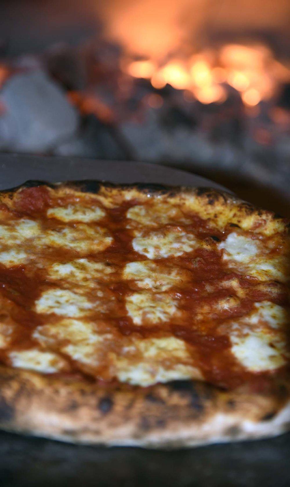 Coals-Artisan-Pizza-Louisville01.jpg