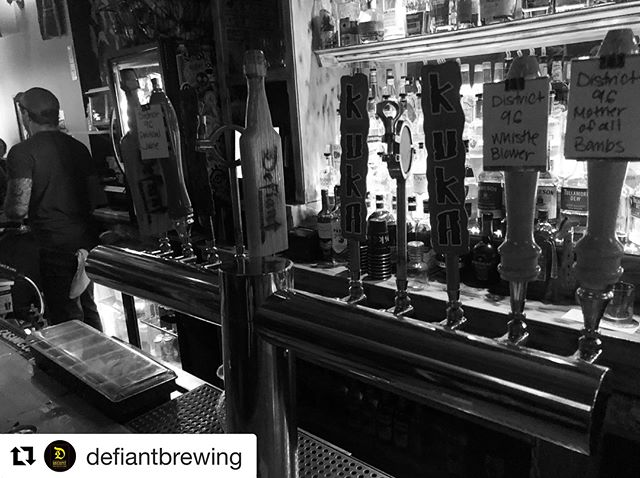 #Repost @defiantbrewing ・・・ @thelocalnyack killing it for the first night of @rocklandcountybeerweek ... 100% Rockland beers on draught. What's more local than that? Glasses raised... here's to a great week! #thelocalnyack #bedefiantdrinklocal #defiantbrewing #craftbeer #craft #beer #taptakeover #ipa #pearlriver #hudsonvalley #nyack #local #thinknydrinkny