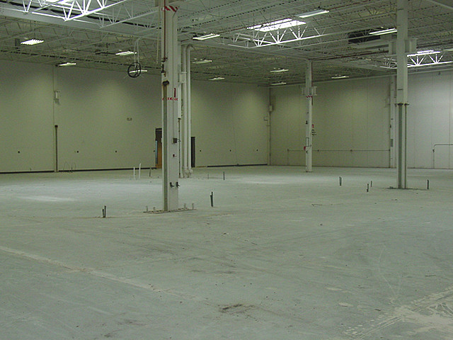 warehouse-eliminator-track-installation.jpg