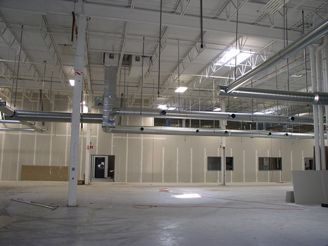 eliminator-track-warehouse-installation.jpg