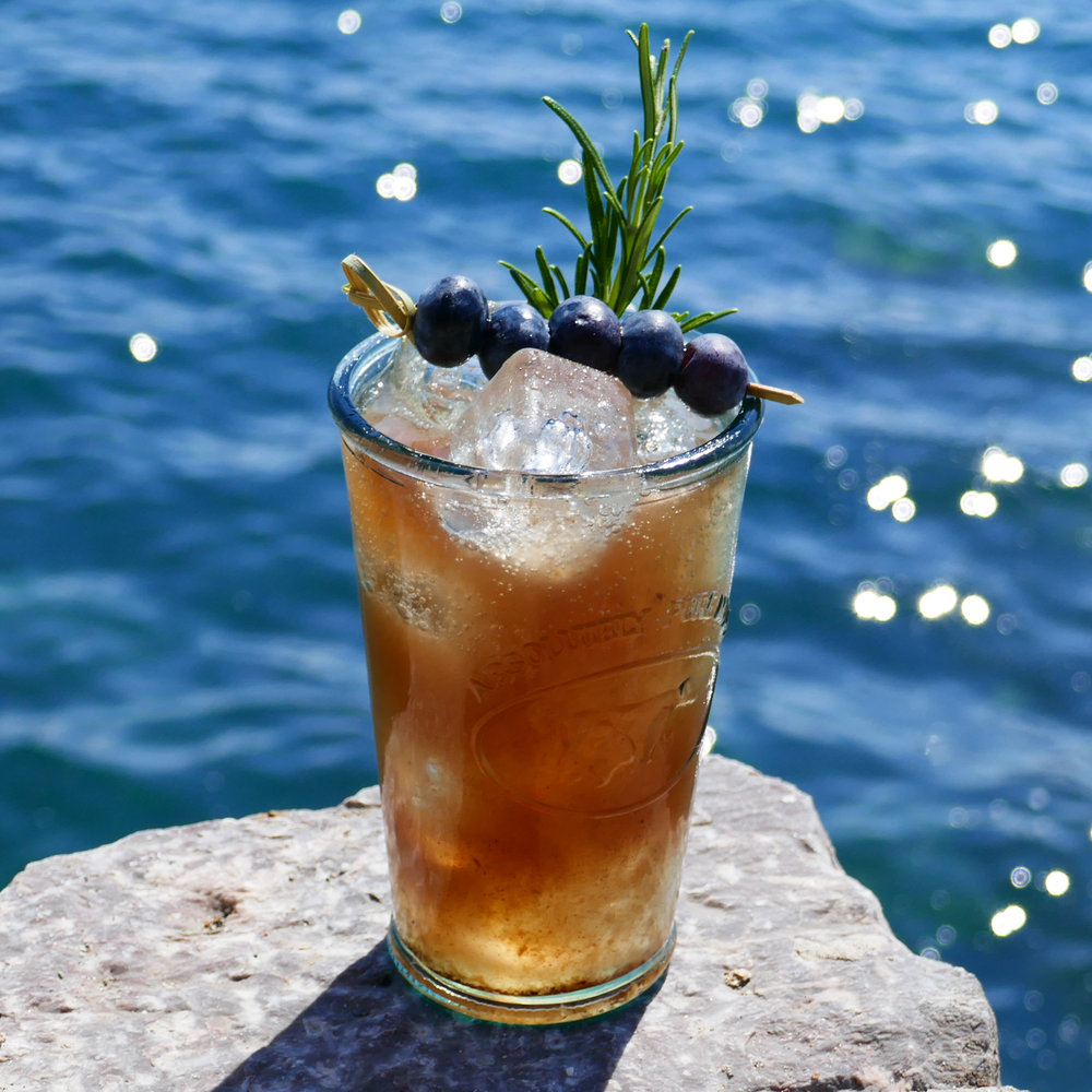 Blue Ocean non-alcoholic gin cocktail with Sea Arch