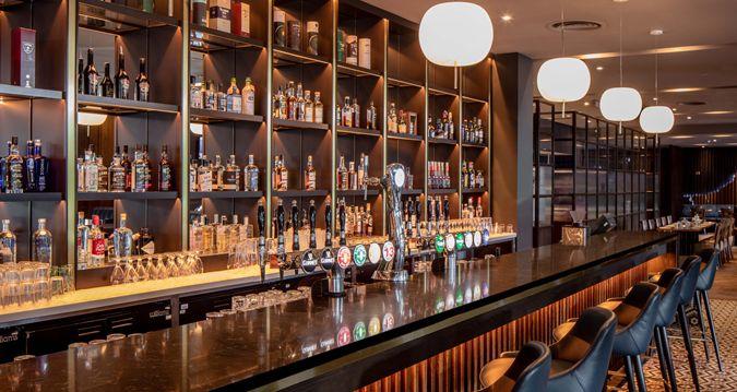 Hilton Bar 3.jpg