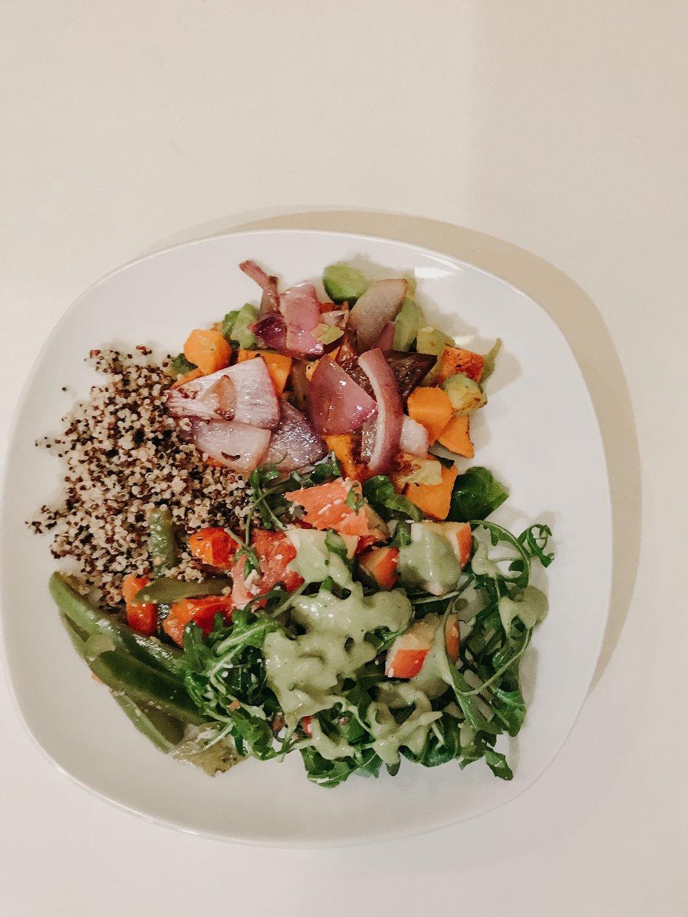 arugula salad & quinoa - + arugula + avocado dressing+ grilled veggies (I did red onion, sweet potatoes, bell peppers)+ quinoa + apples + grapefruit+ avocado dressing
