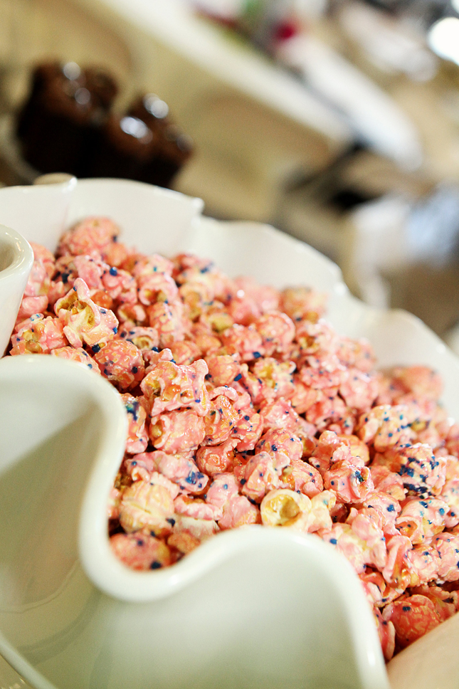 Love the confetti sprinkled popcorn at a confetti party!