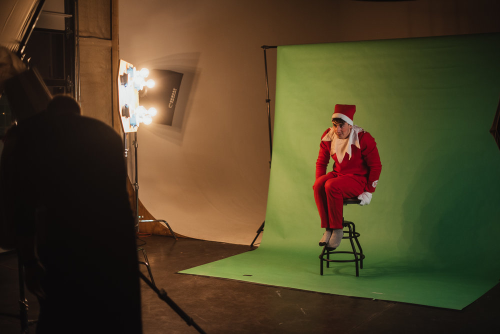 PHOCO Christmas Card The Articulate Photo Studio Green Screen Colorado Fort Collins Photographer Elf on the Shelf BTS-2.jpg