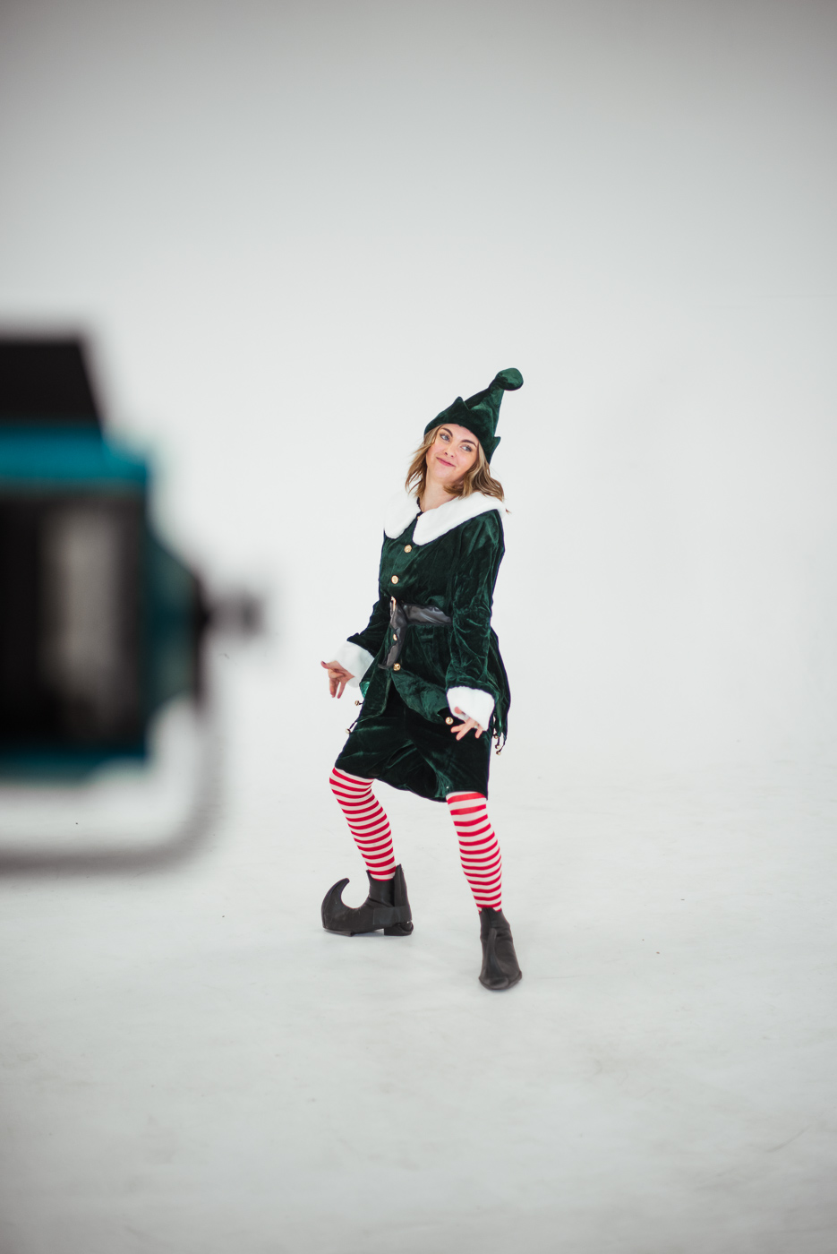 PHOCO Christmas Card The Articulate Photo Studio Cyclorama Infinity Wall Colorado Fort Collins Photographer Elf Yourself BTS-11.jpg