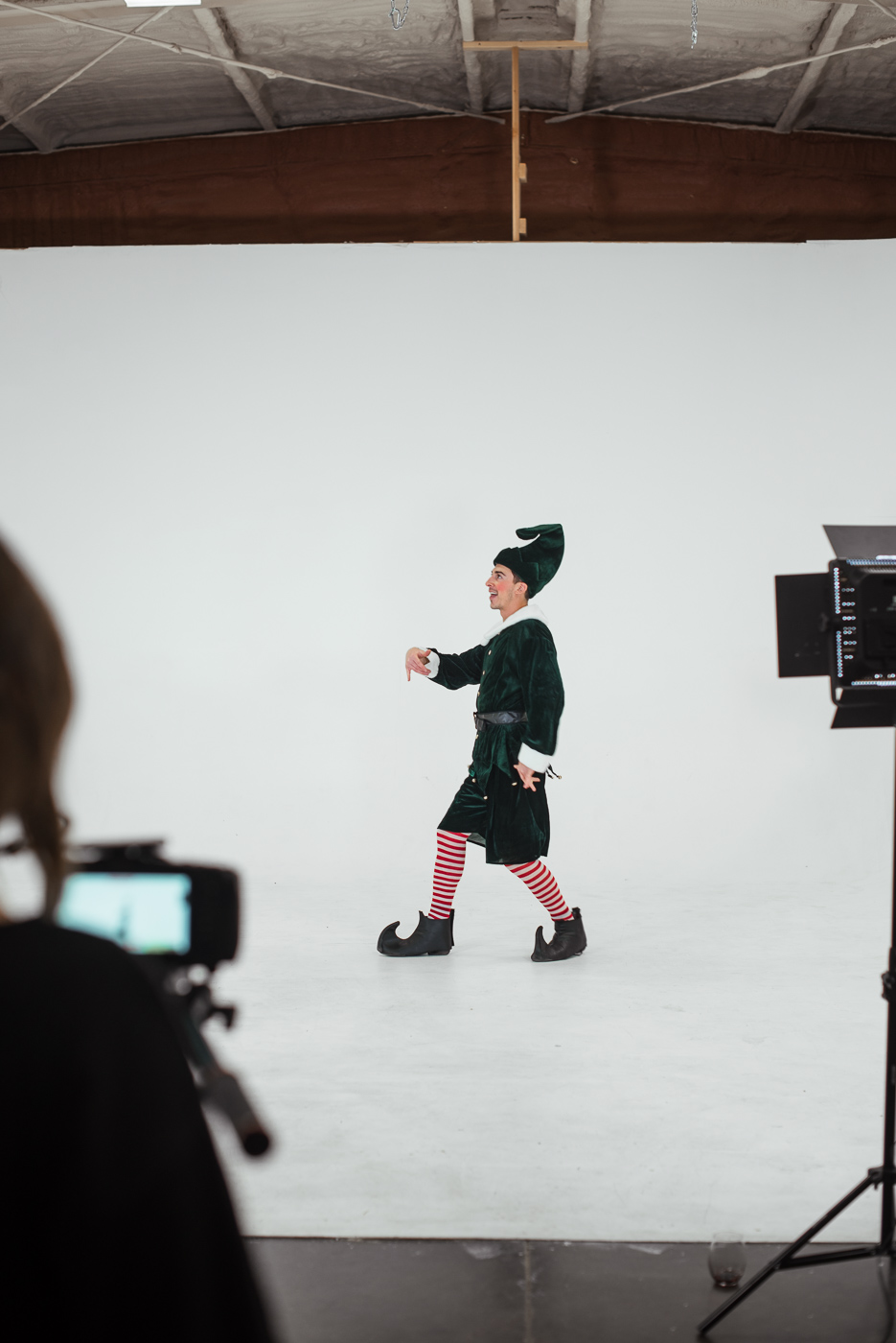 PHOCO Christmas Card The Articulate Photo Studio Cyclorama Infinity Wall Colorado Fort Collins Photographer Elf Yourself BTS-17.jpg