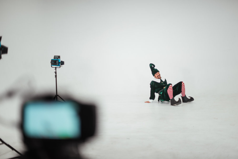 PHOCO Christmas Card The Articulate Photo Studio Cyclorama Infinity Wall Colorado Fort Collins Photographer Elf Yourself BTS-24.jpg