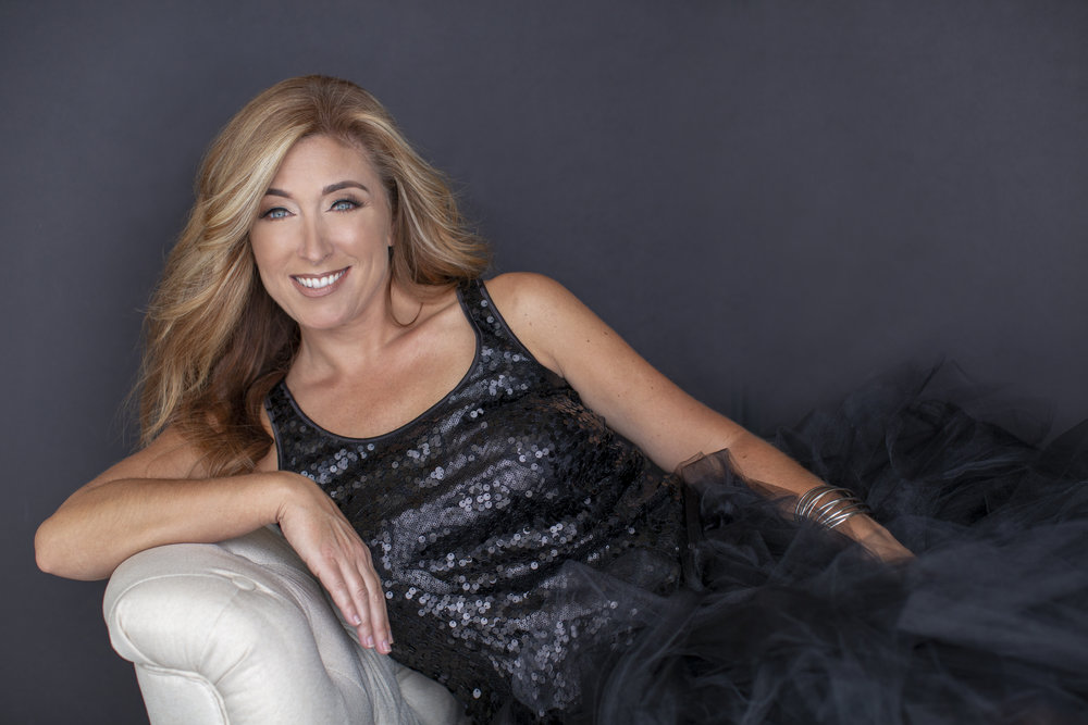 Missy Goldwyn Photography - Contemporary Glamour Portaiture Rates