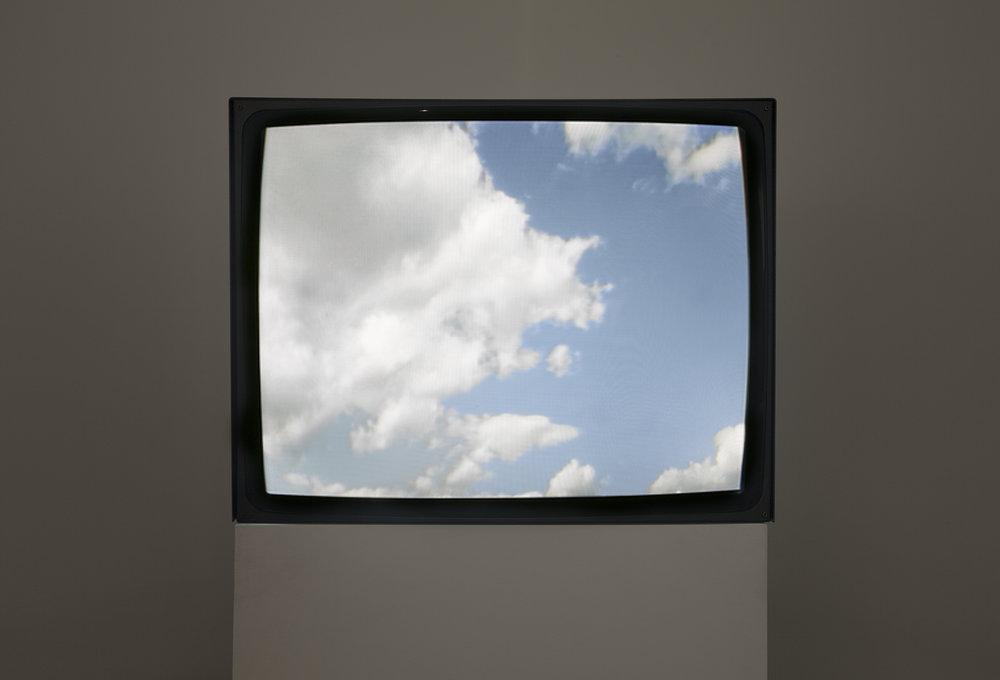 Yoko Ono Sky TV.jpg