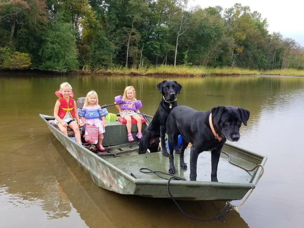 WILDLIFE-FOUNDATION-VA-DOGS-YOUTH