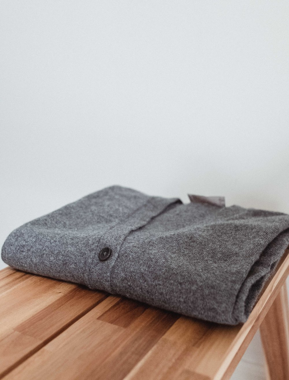 Everlane:  Square V-neck Cardigan  Here's a final look at my freshly cleaned and folded sweater!