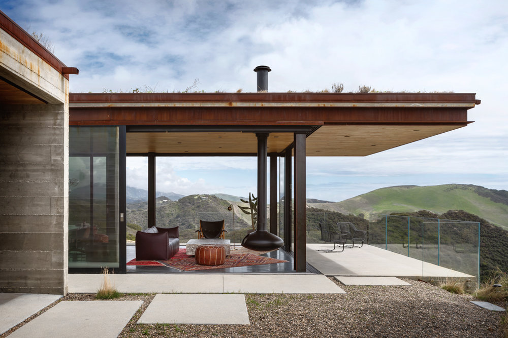 Santa Barbara Coast House by Jessica Helgerson Interior Design