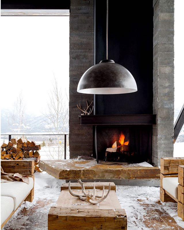 Snow day! I'm more of the indoorsy type but an outdoor room like this could change me. Designed by @pearsondesigngroup