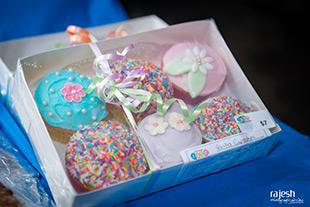 cupcakes-s.jpg