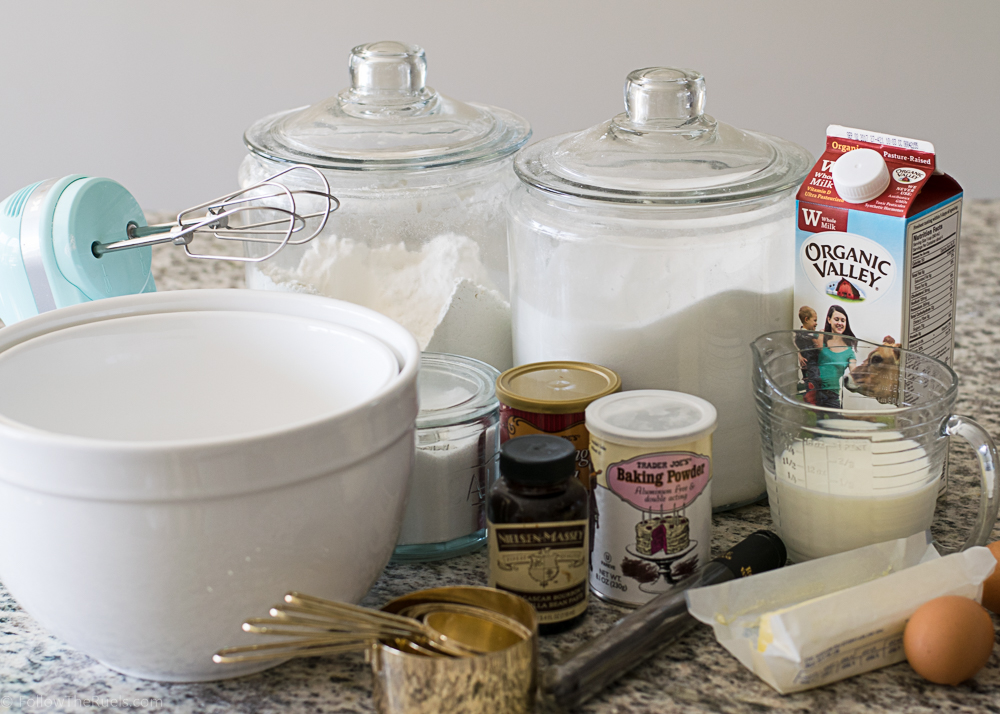 Vanilla-Bean-Cupcakes-1.jpg