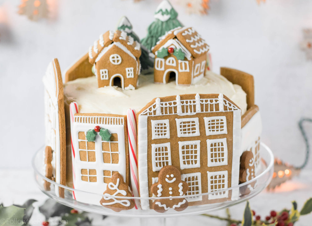 Gingerbread-Village-Cake-16.jpg