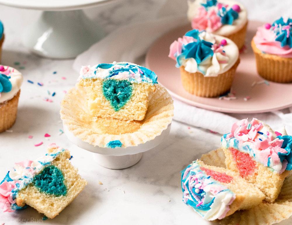Gender-Reveal-Cupcakes-16.jpg