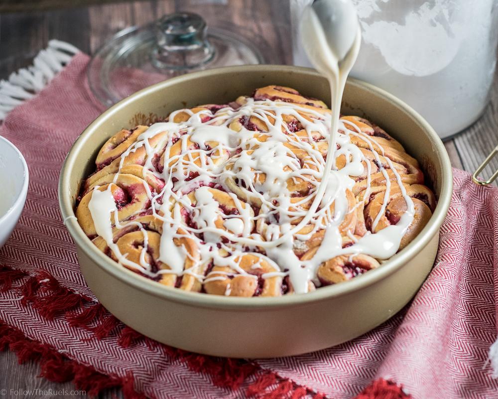 Raspberries-Sweet-Rolls-11.jpg