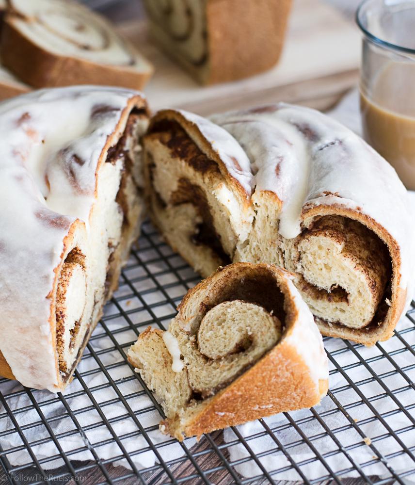 Cinnamon-Roll-BRead-30.jpg