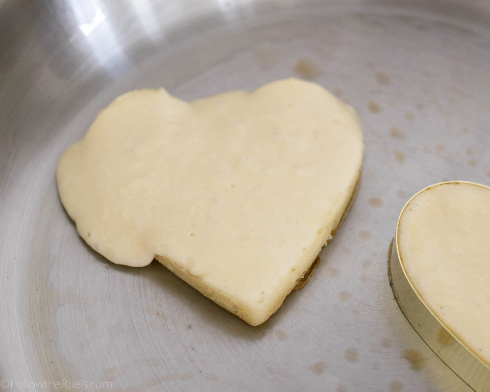 Heart-Shaped-Pancakes-14.jpg