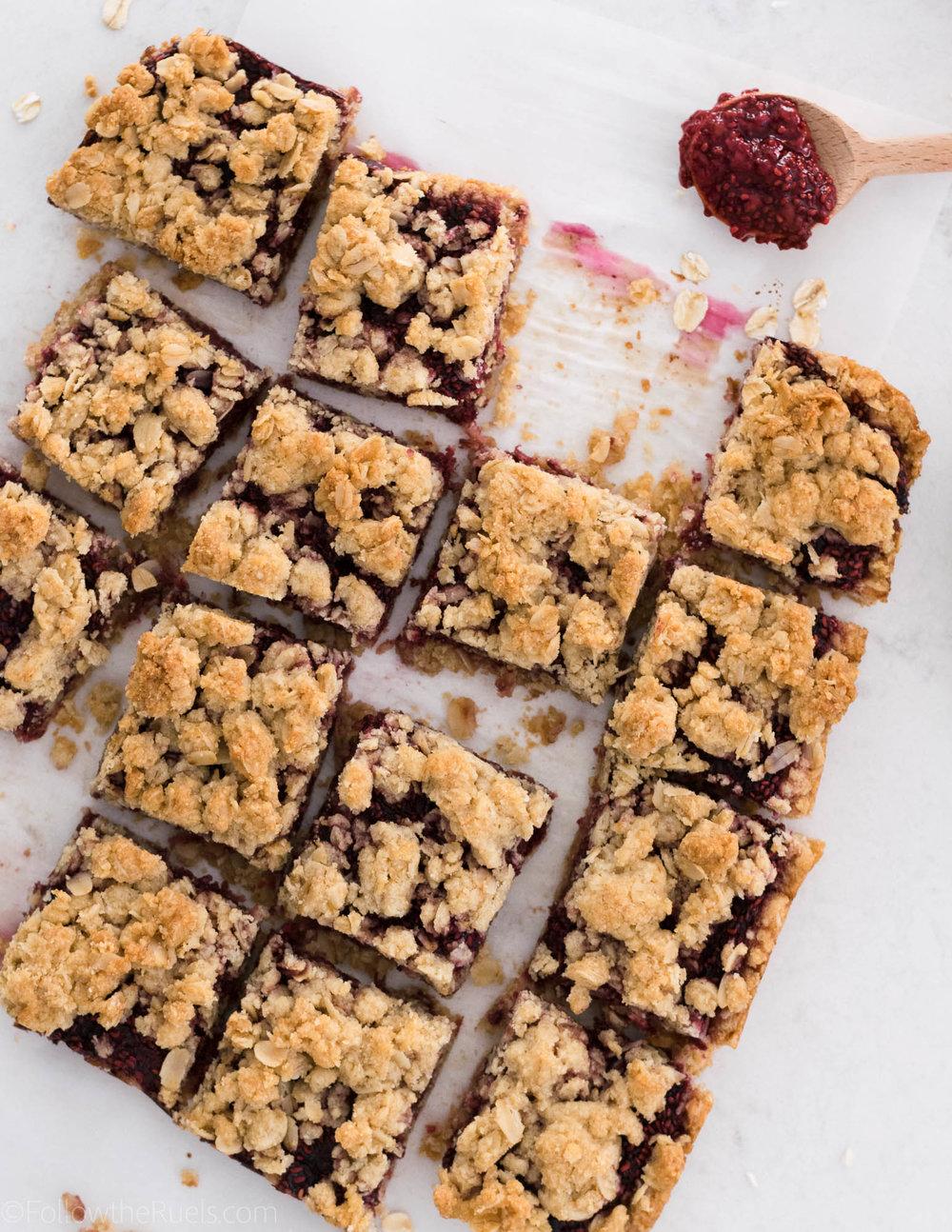 Raspberry-Oatmeal-Bars-12.jpg