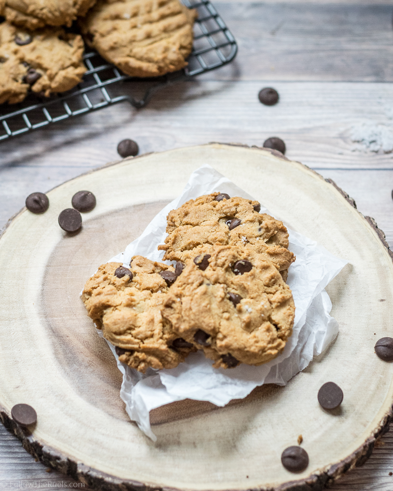 Peanut-Butter-Chocolate-Chip-Cookies-5.jpg