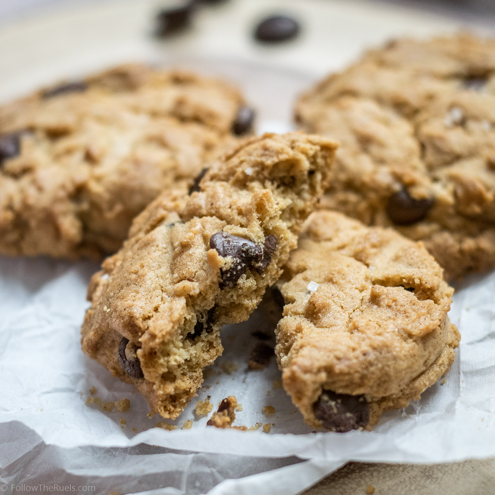 Peanut-Butter-Chocolate-Chip-Cookies-8.jpg