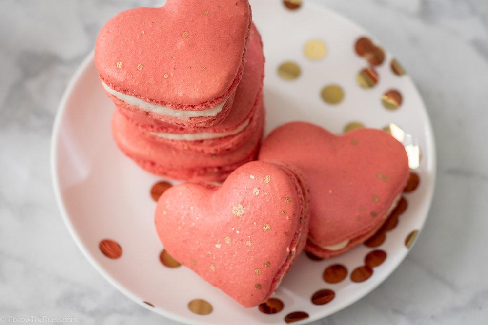 Heart-Macarons-17.jpg