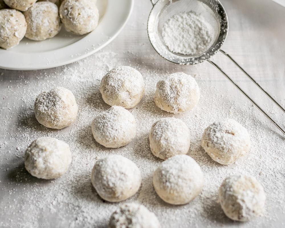 Mexican-Wedding-Cookies-12.jpg
