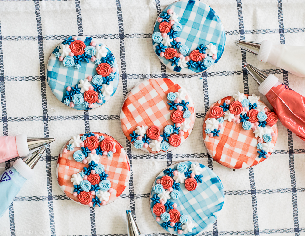 Watercolor-Gingham-Cookies-1.jpg