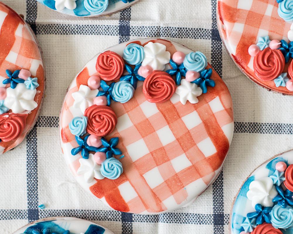 Watercolor-Gingham-Cookies-2.jpg