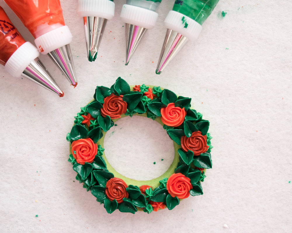 Wreath-Cookiesb-1.jpg