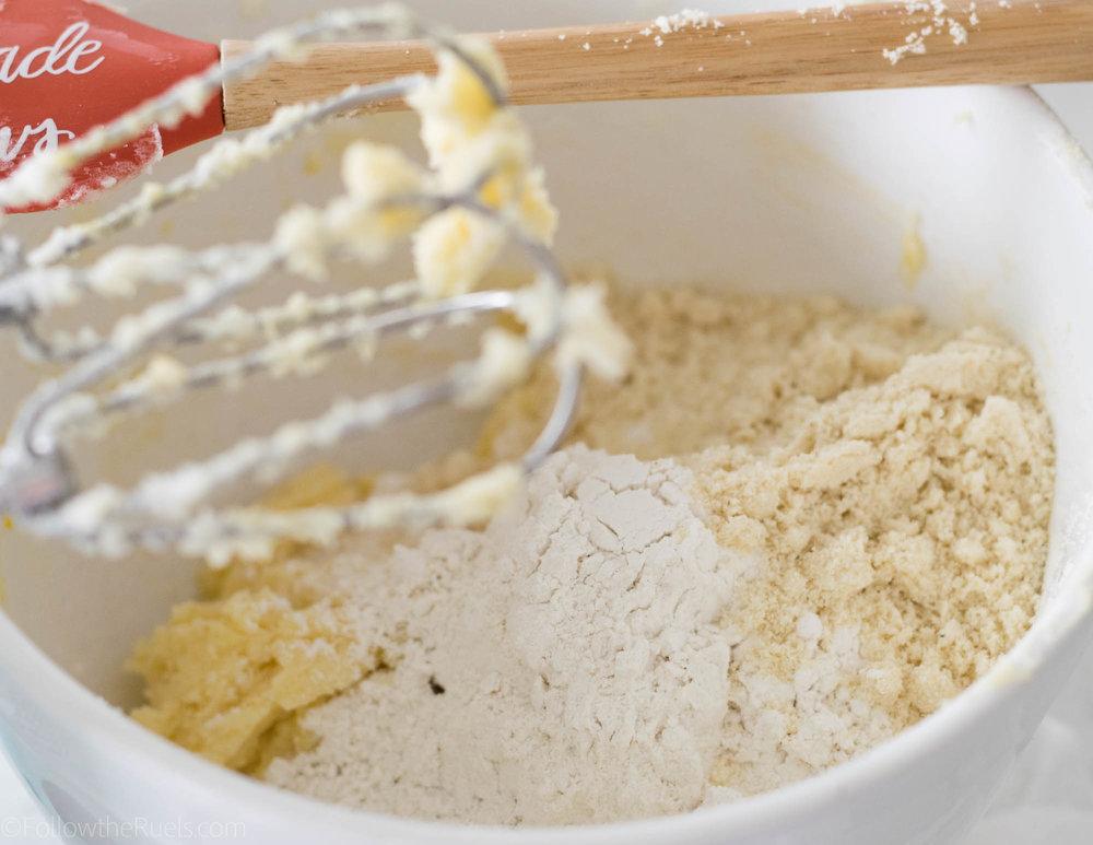 Nutella-Linzer-Cookies-1.jpg