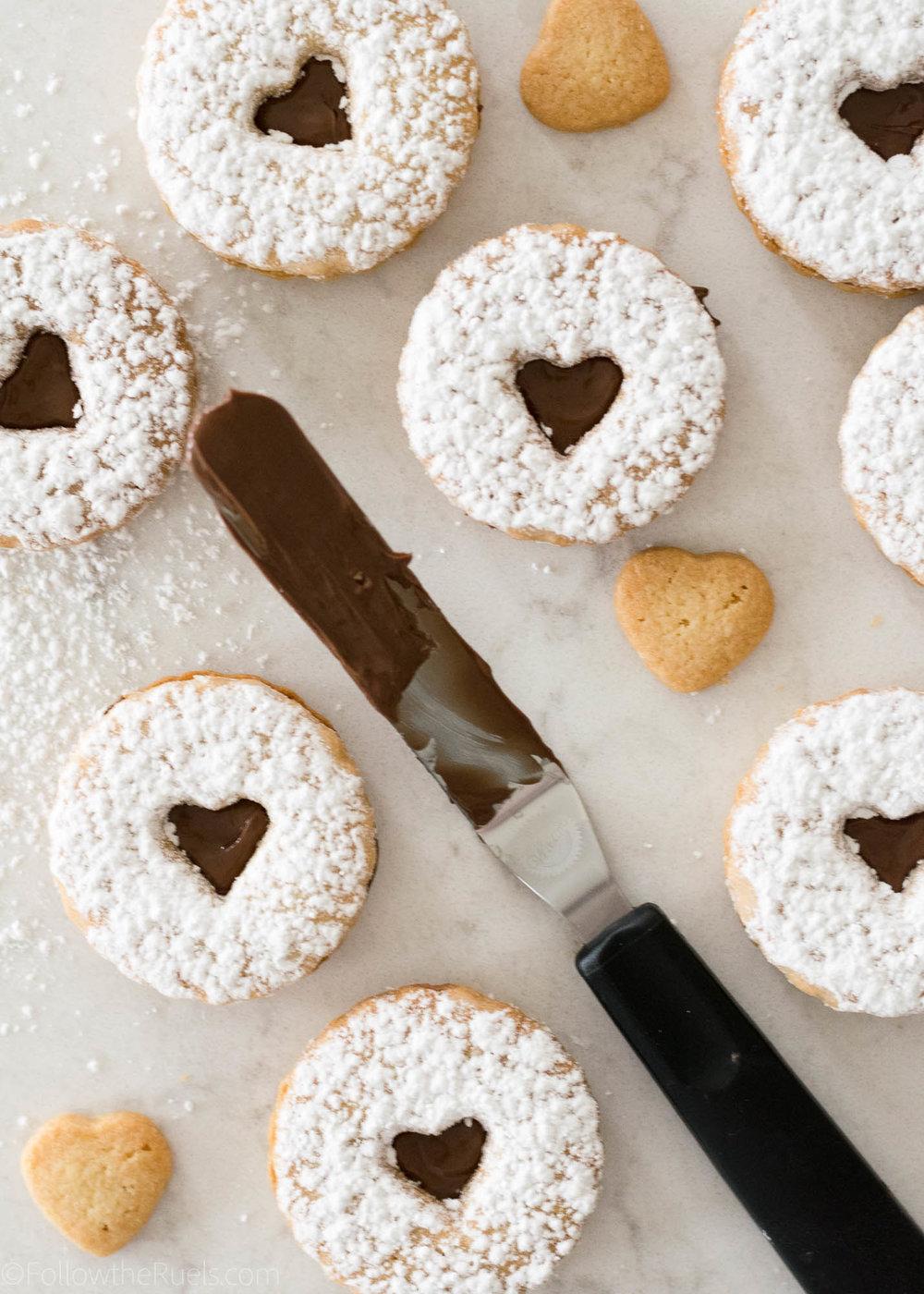 Nutella-Linzer-Cookies-11.jpg