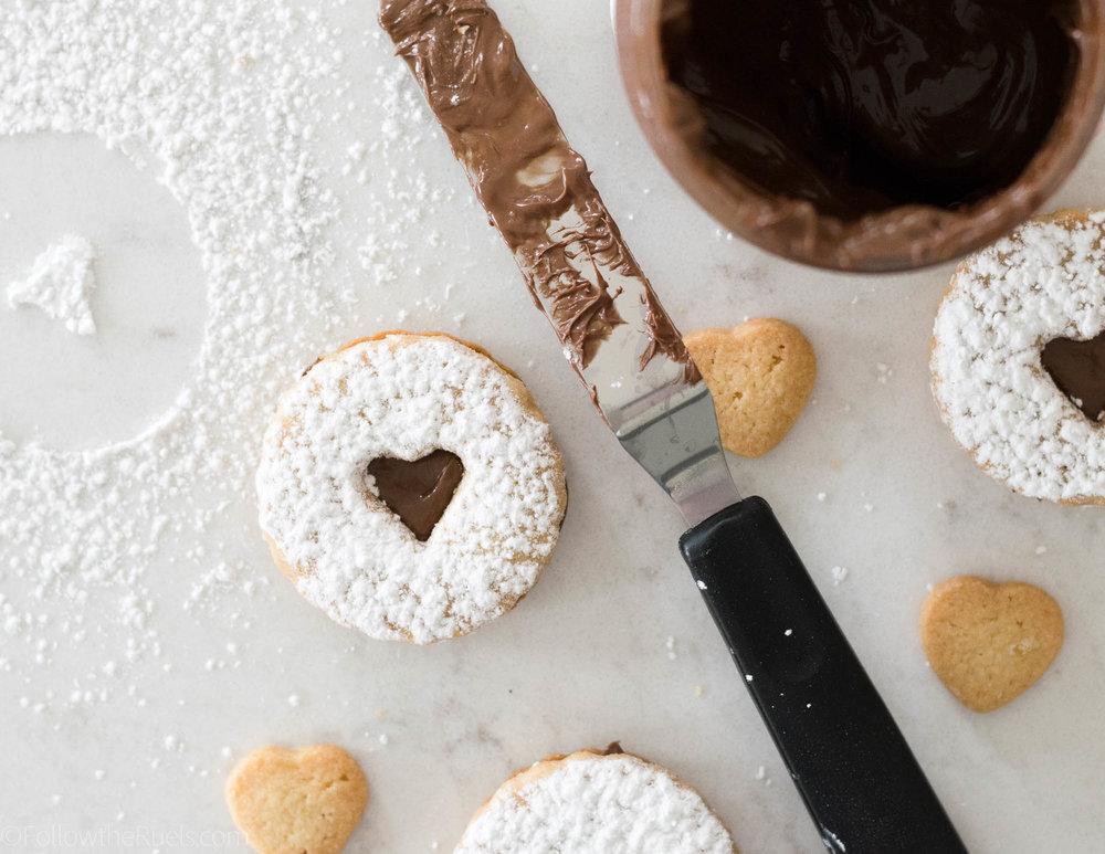 Nutella-Linzer-Cookies-8.jpg