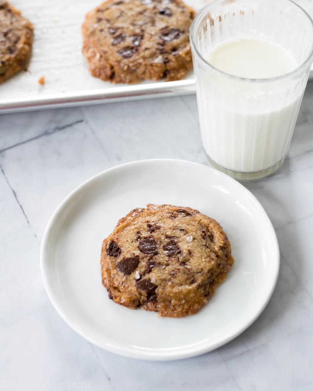 Chocolate-Chip-Shortbread-Cookies-11.jpg