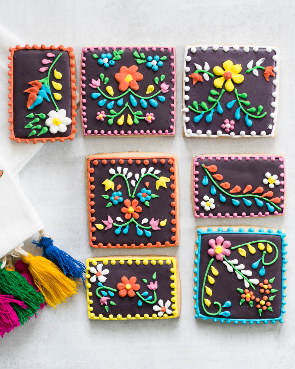 MExican-Embroidery-Cookies-3.jpg