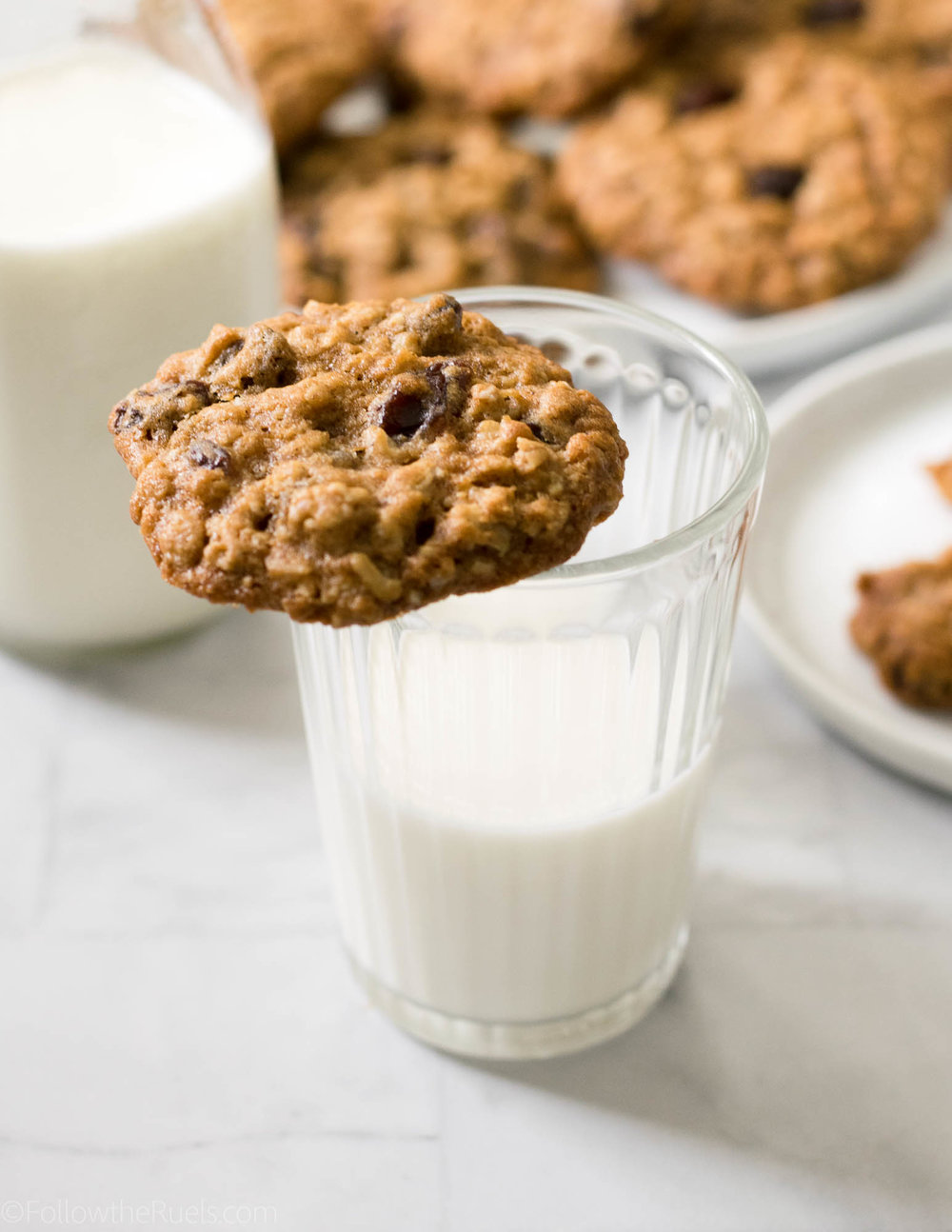 Oatmeal-Raisin-Cookies-10.jpg