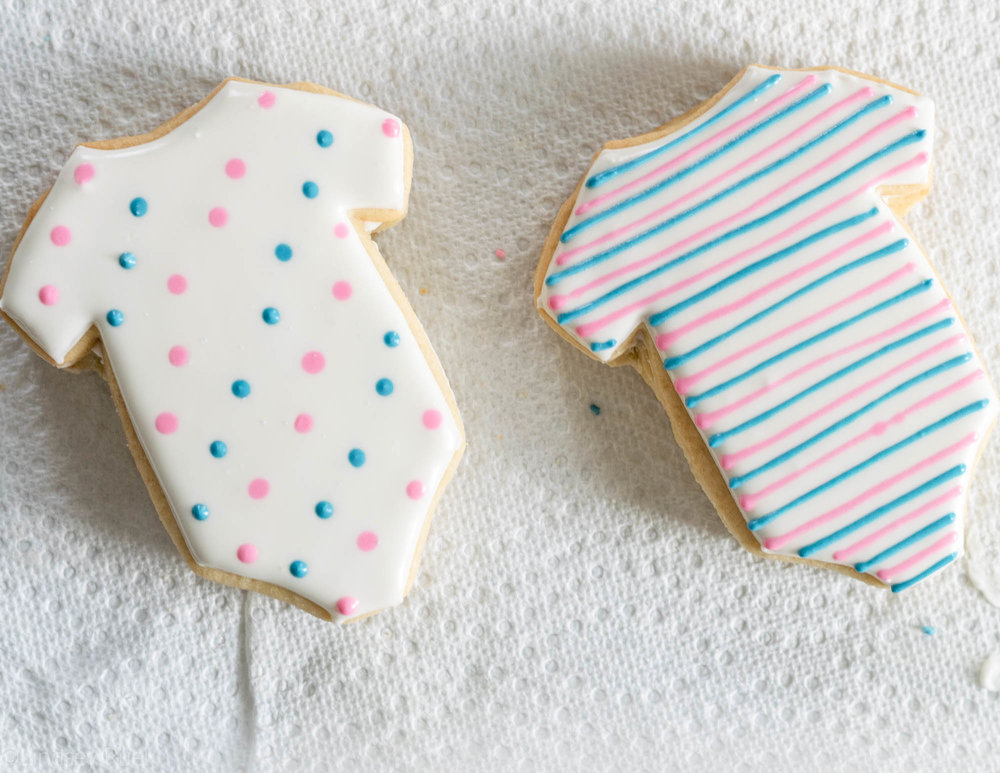Gender-Reveal-Cookies-9.jpg