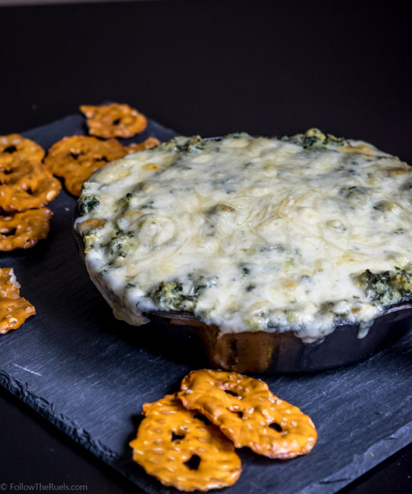 A lightened up version of Spinach Artichoke dip. Recipe on FollowtheRuels.com.