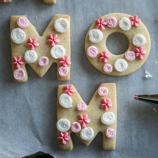 Mothers-Day-Cookies-16.jpg