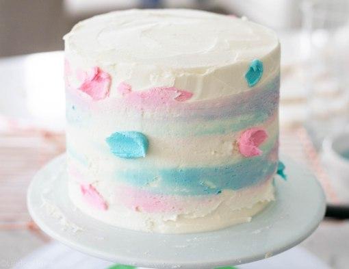 Gender-Reveal-Cake-12.jpg