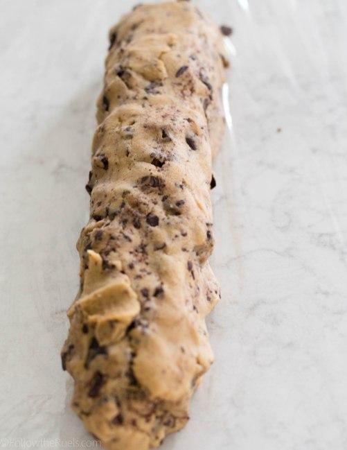 Chocolate-Chip-Shortbread-Cookies-4.jpg