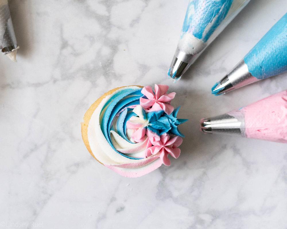 Gender Reveal Cupcakes-9.jpg