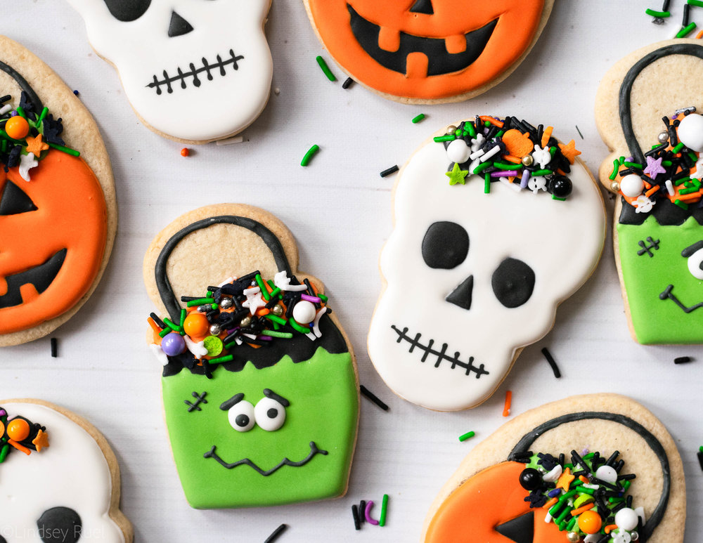 Halloween Candy Pail Cookies-2.jpg