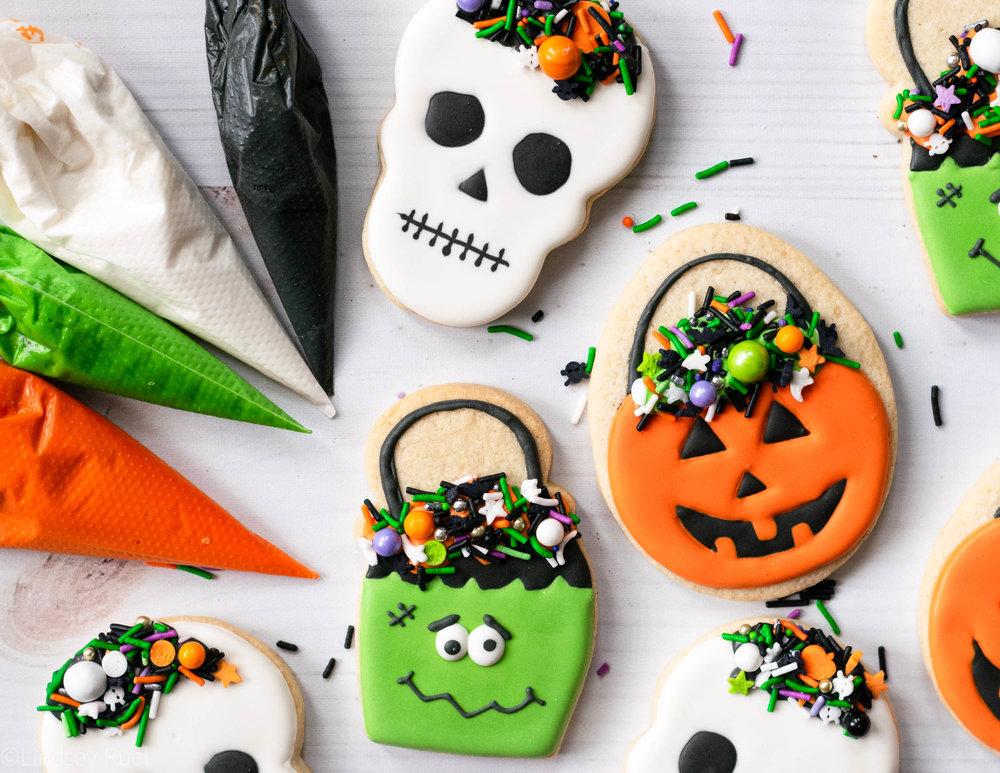 Halloween Candy Pail Cookies-5.jpg
