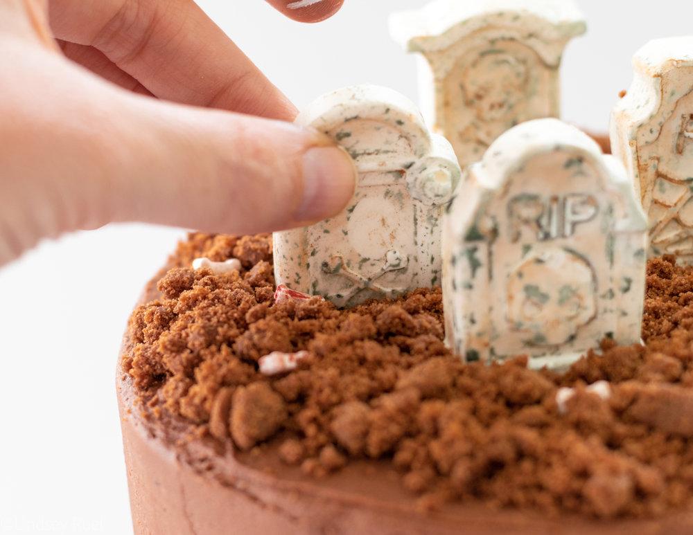 Graveyard Cake-7.jpg